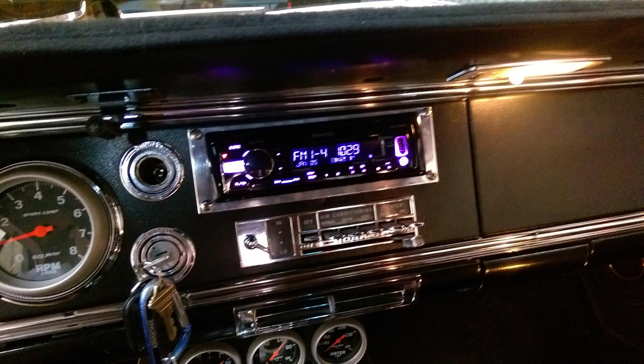 What a cool Car to work on! 1965 Oldsmobile Starfire. A rare car indeed. This thing is Cherry!. Kenwood Excelon KDCX301 Bluetooth Headunit, Infinity Reference 6.5 Components in the kicks with matching 6x9